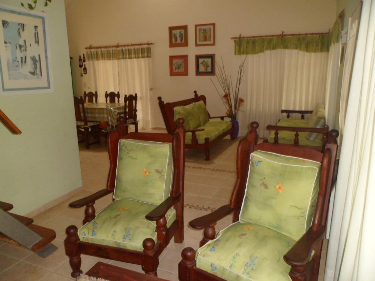 confortable y funcional casa en carilo, control policial