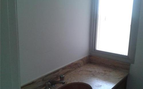 confortável e espaçoso apartamento no morumbi com fácil acesso às principais avenidas do bairro