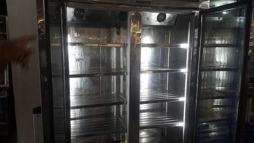 congelador de exhibición
