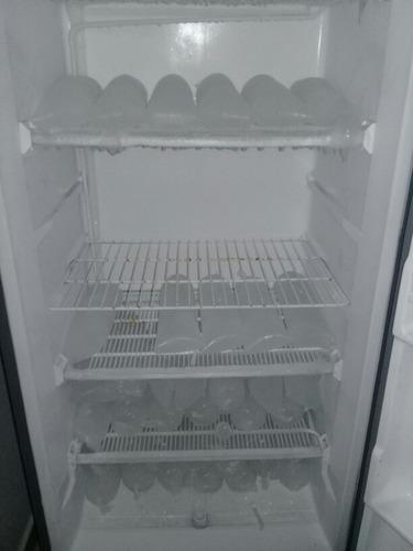 congelador vertical marca mabe