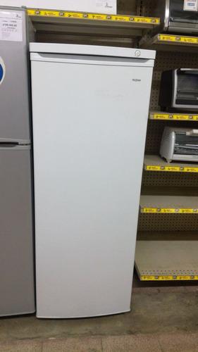 congelador vertical telstar tcv170110md (06p³) nueva en caja