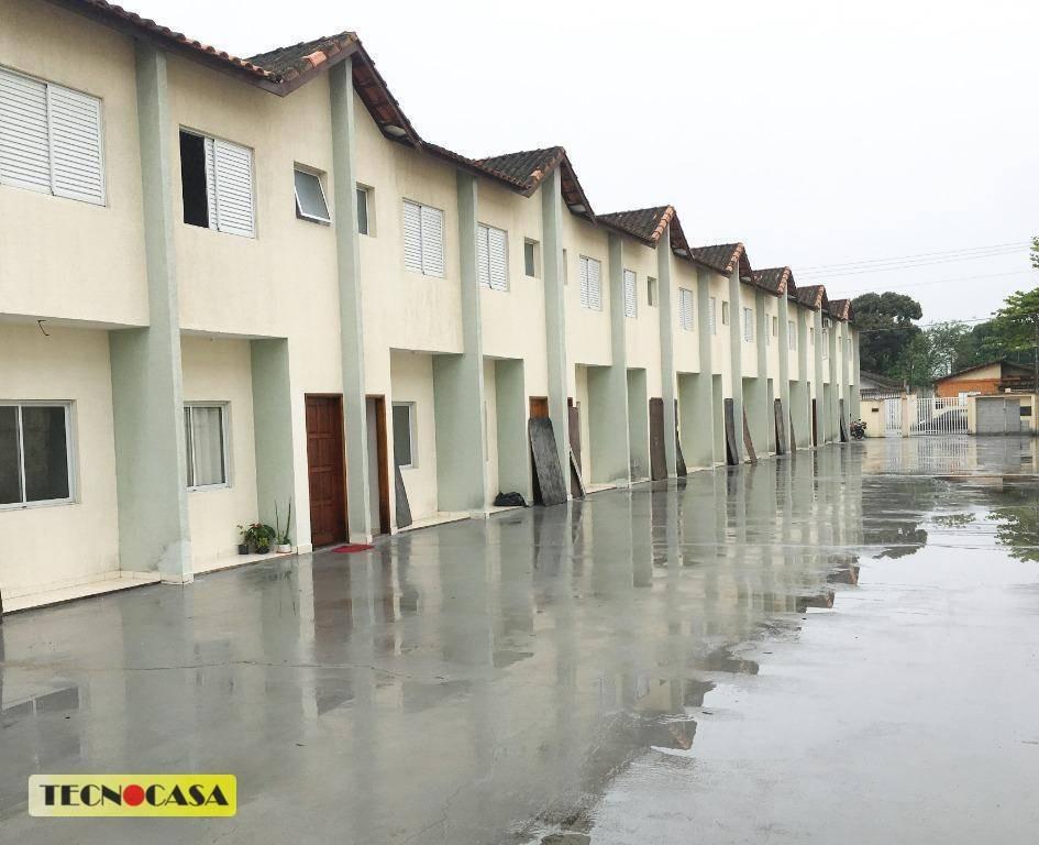 conheça já no bairro vila mirim. novo  sobrado para venda em praia grande, contendo 02 dormitórios. - so1931
