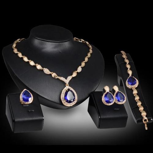 conj. colar, pulseira, brinco, anel (vermelho ou azul)