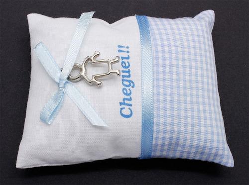 conjunto 3 mini almofadas lembrança nascimento azul