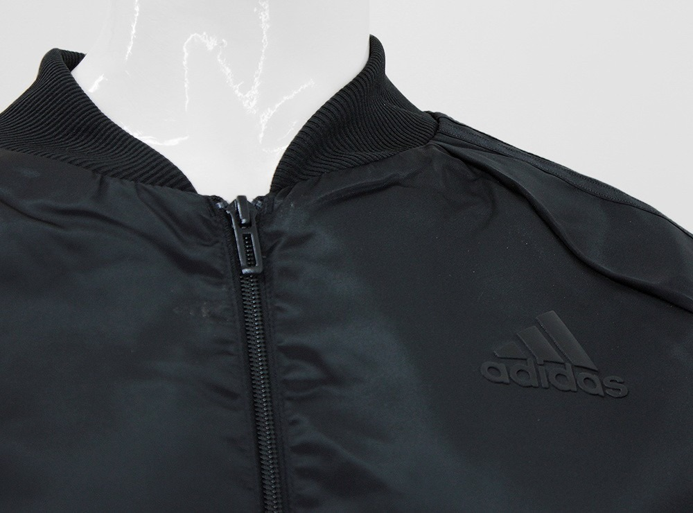 1e3530f0a1245 conjunto adidas mujer acetato y algodón gris negro. Cargando zoom.