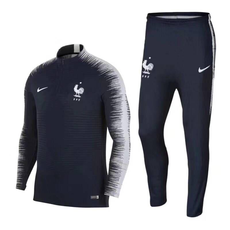 e1d7e7fa3e Conjunto Agasalho Seleção França Copa 2018 (frete Grátis). - R  249 ...