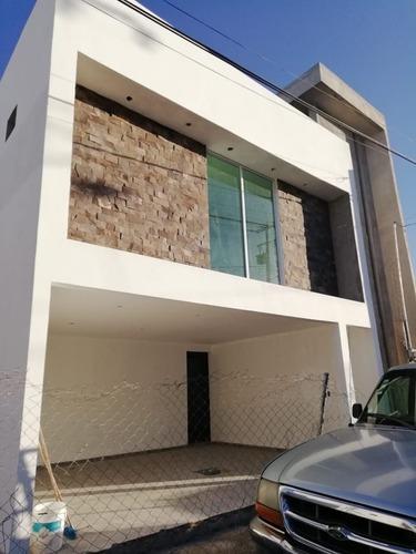 conjunto de 10 casas en pre-venta al sur de la ciudad $1,850.000.00