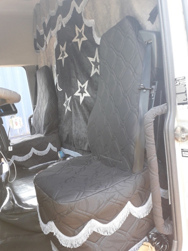 conjunto de capas tapete é cortina pra caminhão carreta