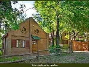 conjunto de casas de alquiler temporario en venta