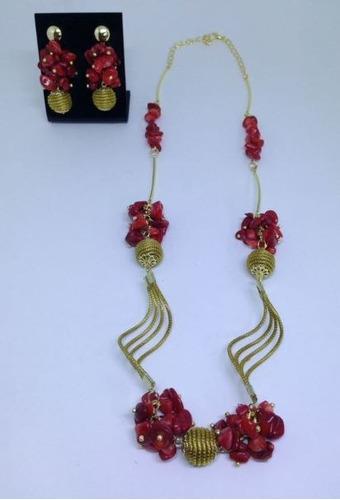 conjunto de colar e brinco em capim dourado