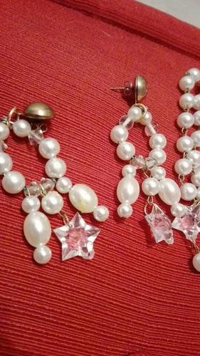 conjunto de collar, pulsera y aros de perlas