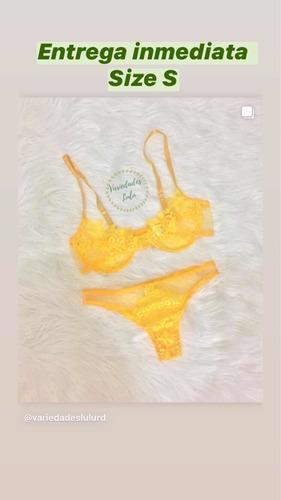 conjunto de lencería color amarillo