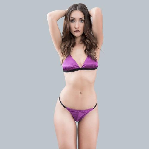 conjunto de lencería sexy violeta, raso y encaje