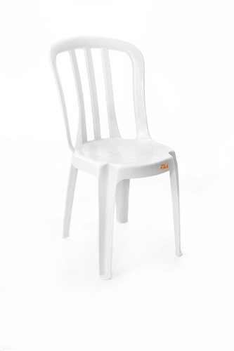 conjunto de mesas e 4 cadeiras de plastico goyana
