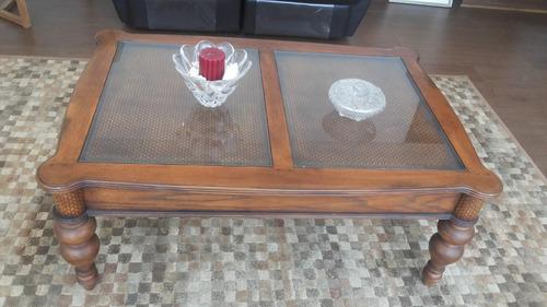 conjunto de mesas, sitiales