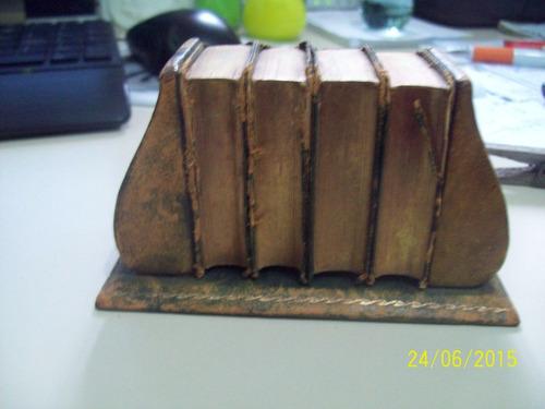 conjunto de mini-dicionarios ingles/frances/alemão antigo