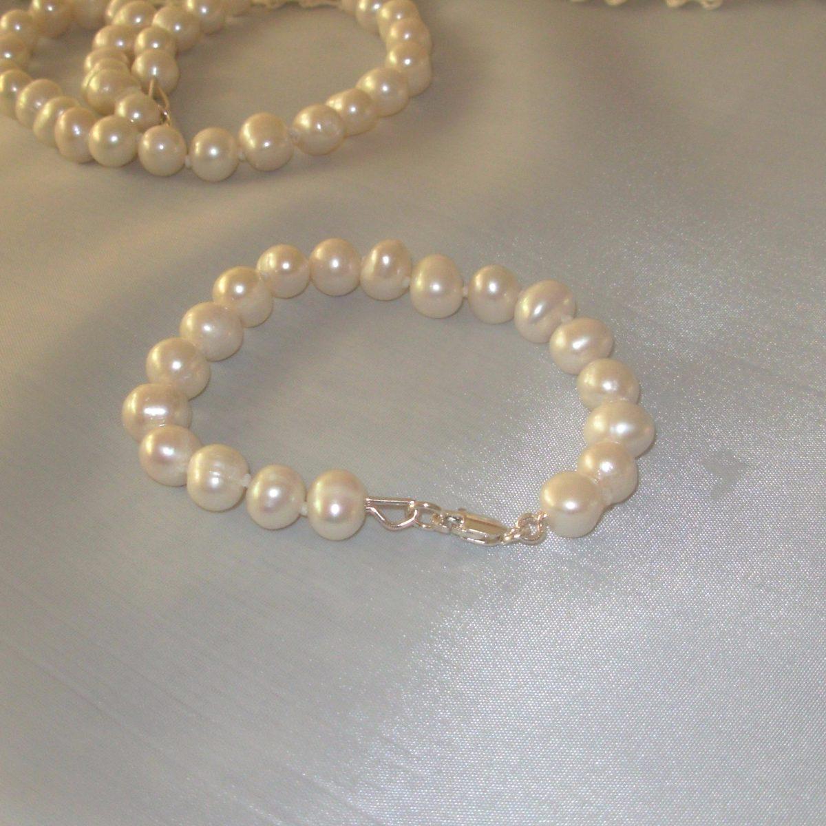 9a96ecc2d257 conjunto de perlas naturales cultivadas plata aros pasantes. Cargando zoom.