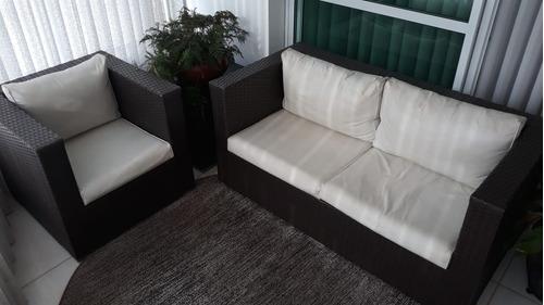 conjunto de poltrona + sofá + mesa de canto