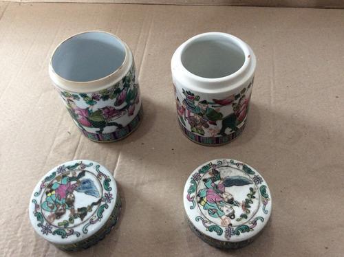 conjunto de porta objetos em porcela com motivos chineses
