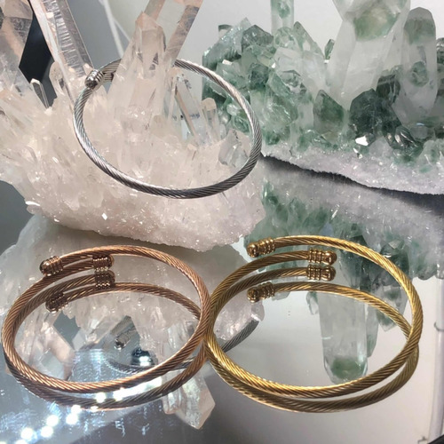 conjunto de tres pulseras moda mujer oro blanco oro amarillo