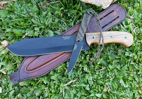 conjunto facão e faca bushcraft cutelaria elmo com bainha