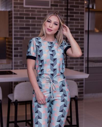 conjunto feminino blusa t-shirt manga princesa e calça