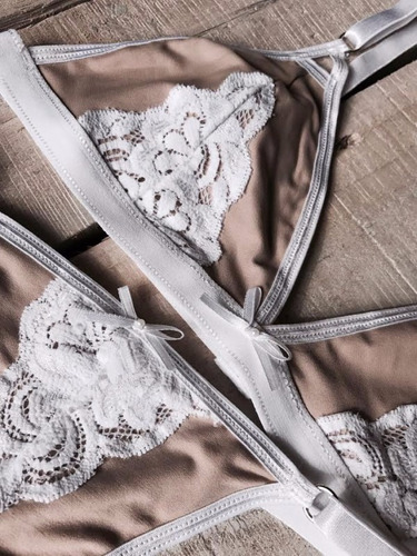 conjunto  filomena de dolce far niente de anastasia lingerie