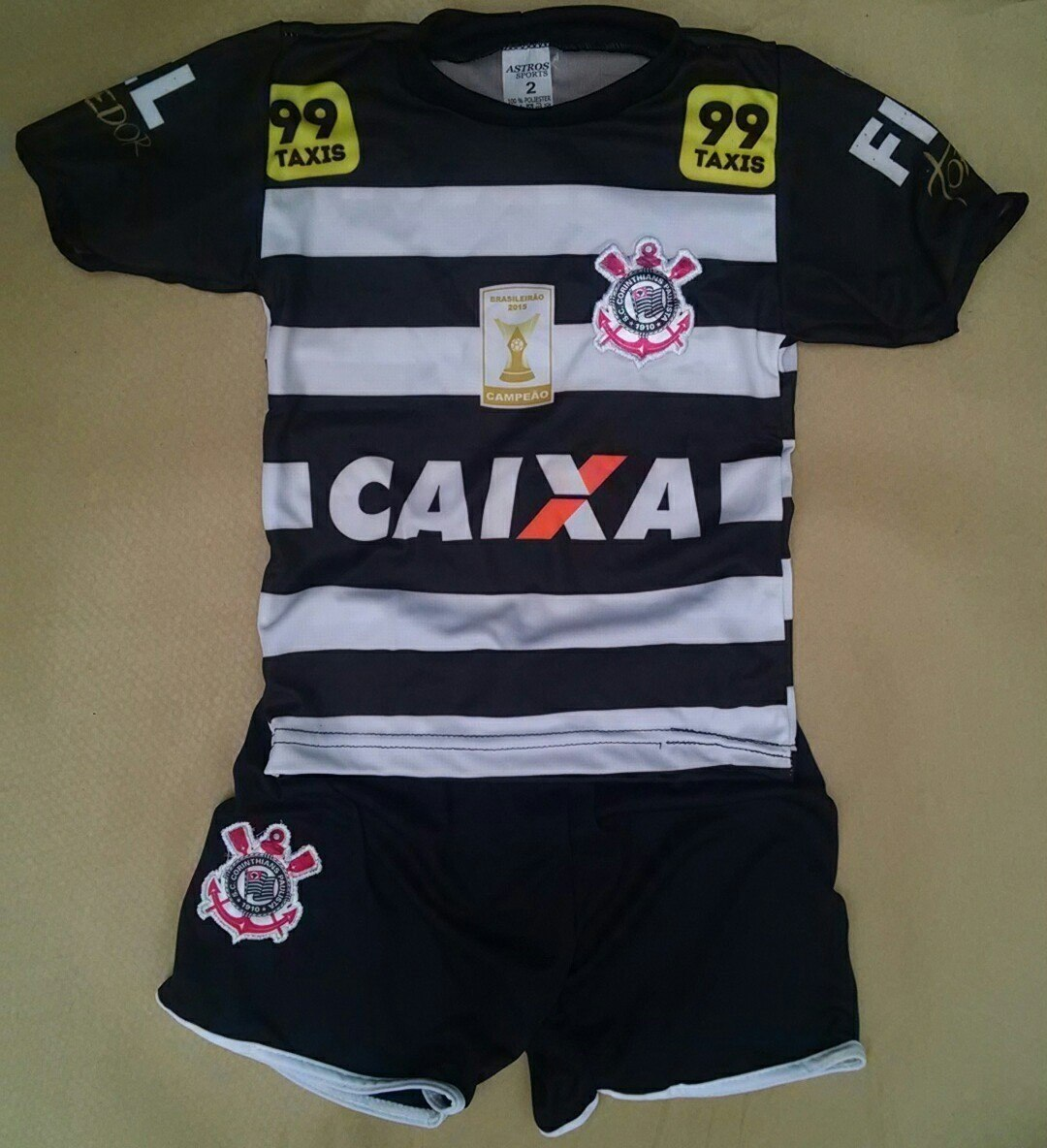 conjunto infantil corinthians shorts e camiseta boa qualidad. Carregando  zoom. 142b35b40af2b