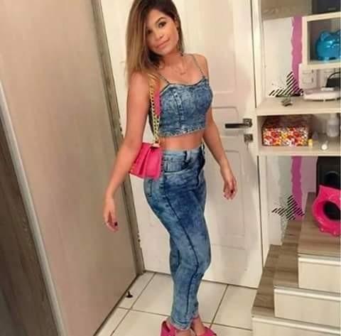 9114ff11db2149 Conjunto Jeans - Cropped E Calça Cintura Alta - R  200