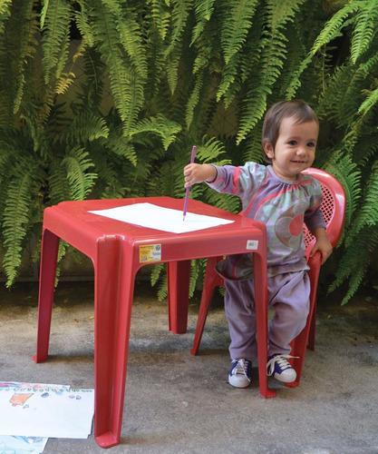 conjunto mesa com 4 cadeiras plástica infantil - 10 jogos