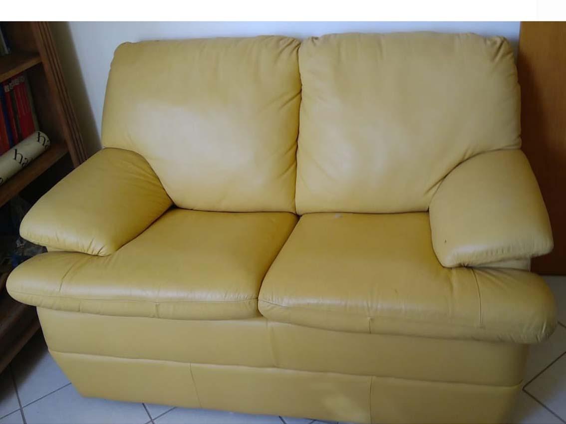 Conjunto Sofa 2 E 3 Lugares Em Couro Legitimo Amarelo - R ...