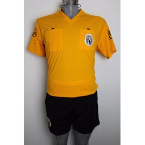 b3a1f4e69b675 Uniforme Para Arbitro De Futbol Amarillo Talla Mediana. Tlaxcala · Paquete  De 6 Uniformes De Arbitro Rep