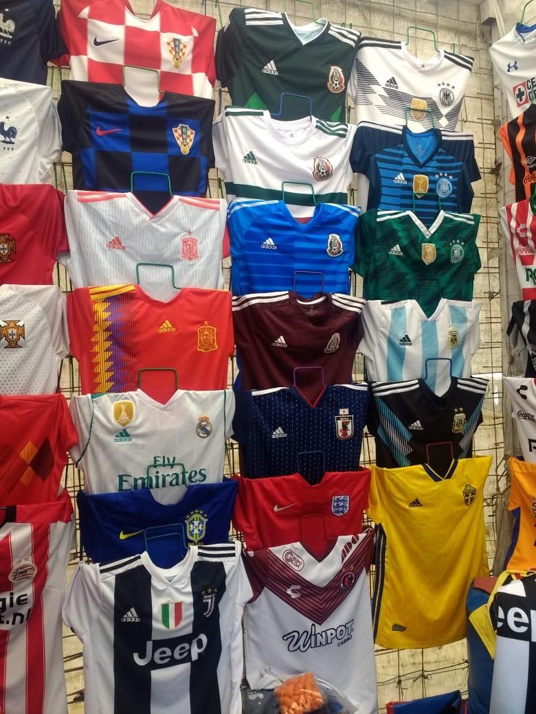 5f84b7081adc0 Conjuntos Futbol Generico -   380.00 en Mercado Libre