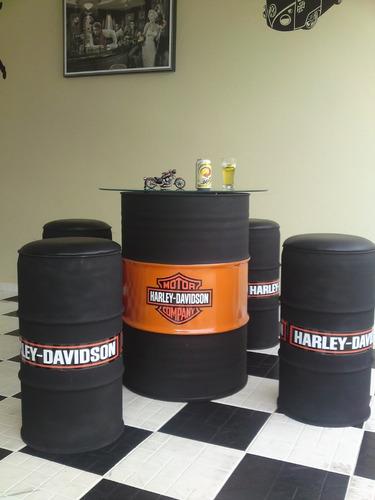 conjuto de mesa e banco de tambor decorativo