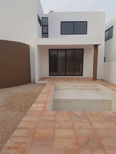 conkal casas en privada mediterrania capri