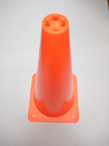 cono de señalizacion naranja 40 cms alto