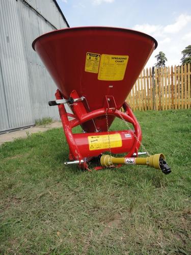 cono esparcidor semillas y fertilizantes 450 kg. sembradora