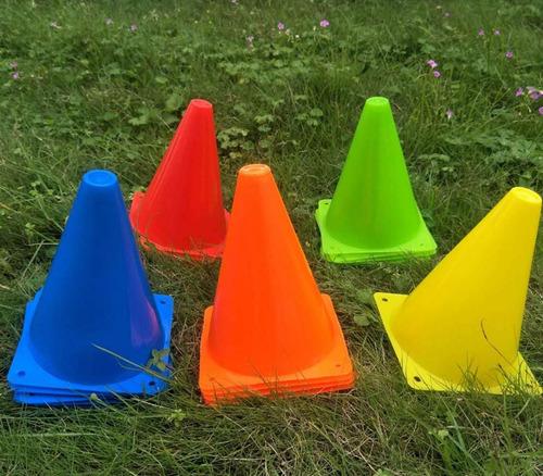 conos futbol entrenamiento