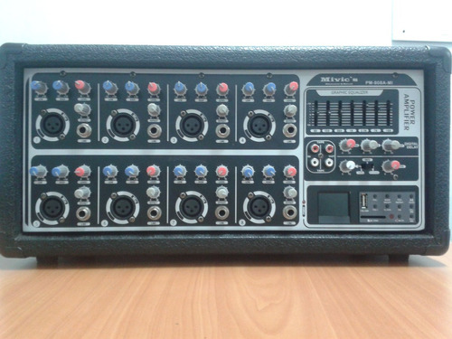 consola amplificada marca mivic´s, pm-808a-mp3, 8 canales
