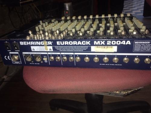 consola behringer eurorack 2004