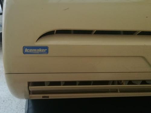 consola de aire acondicionado 12.000 btu icemaker