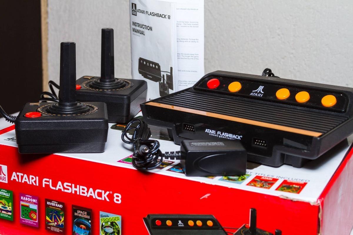 Consola De Juegos Atari Flashback 8 Con 105 Juegos 1 100 00 En