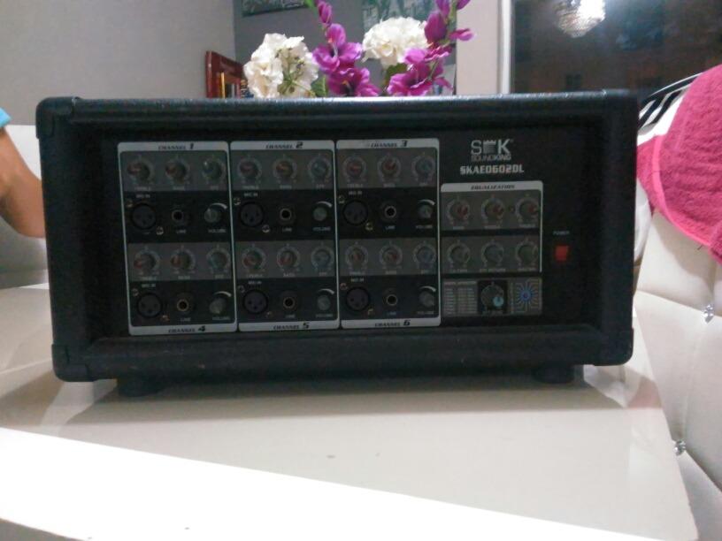 Consola De Sonido Sk Sound King Skae0602dl - $ 1,050 00