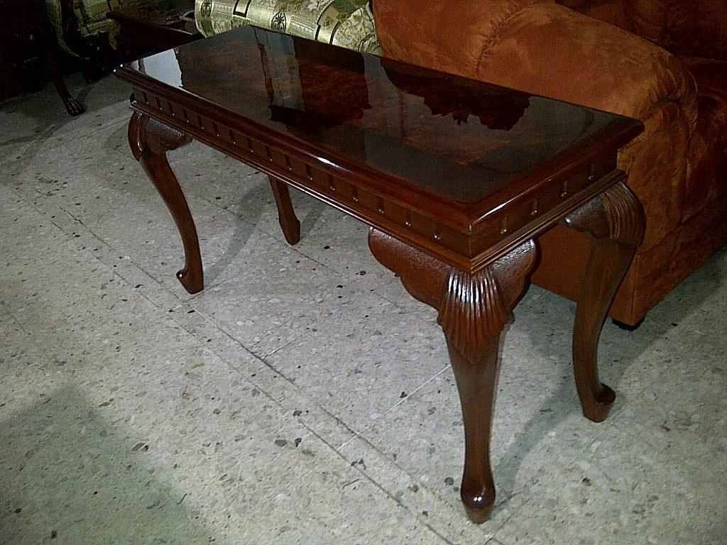 consola estilo provenzal en madera fina tallada a mano