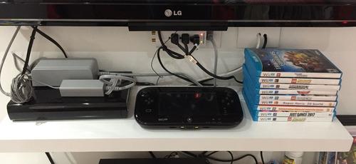 consola wii u con mario kart 8 instalado y 9 juegos original
