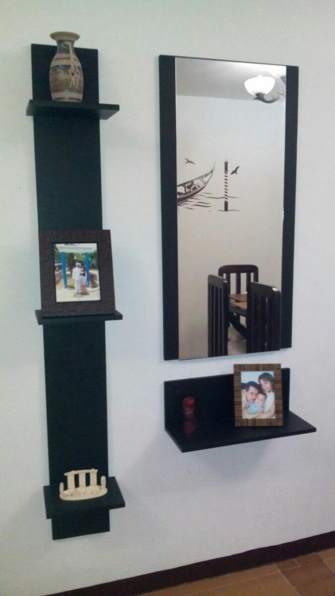 Consolas o recibidores modernos minimalistas con espejo for Espejos minimalistas
