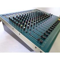 Consola Amplificada 12 Canales Reikpro Audio Pmg-1200usb