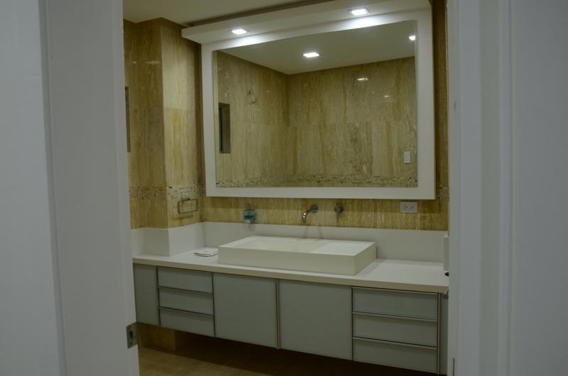 consolitex vende penthouse duplex 920m2 a1201 carabobo jl
