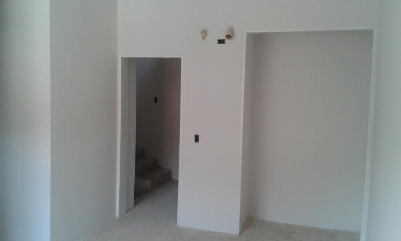 consolitex vende valencia townhouses 3 niveles obra qp347 jl