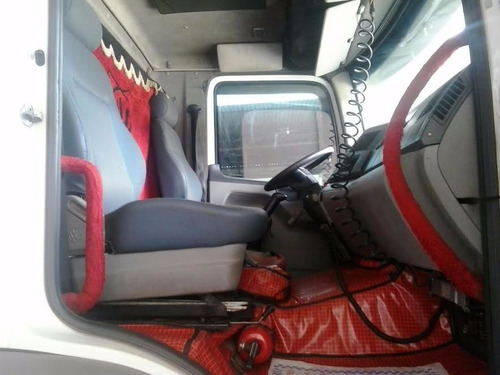constellation vw 24250 ano 2011 chassis unico dono